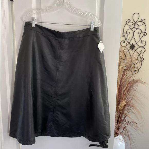Halogen Black Faux Leather Lined A-Line Skirt sz14